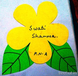 flower and leaf nametag for preschoolers