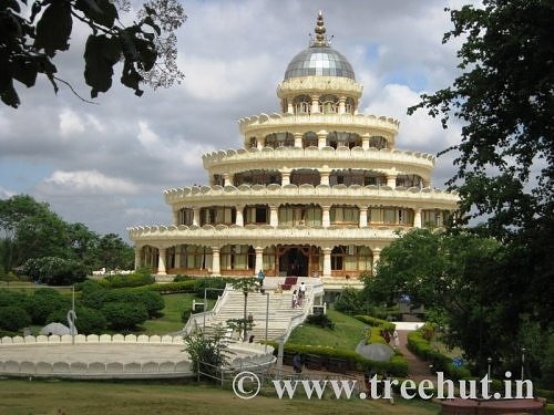 Vishalakshi Mandap Art of Living Ashram Bangalore