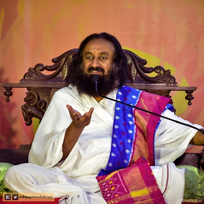 Sri Sri Ravi Shankar Quotes On Smile: Video Secret Of Navratri-How To Destroy Anger And Hatred