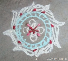 Rangoli Patterns With Chalk